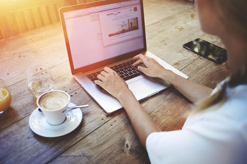 11 Manfaat Internet Bagi Pendidikan   APPKEY