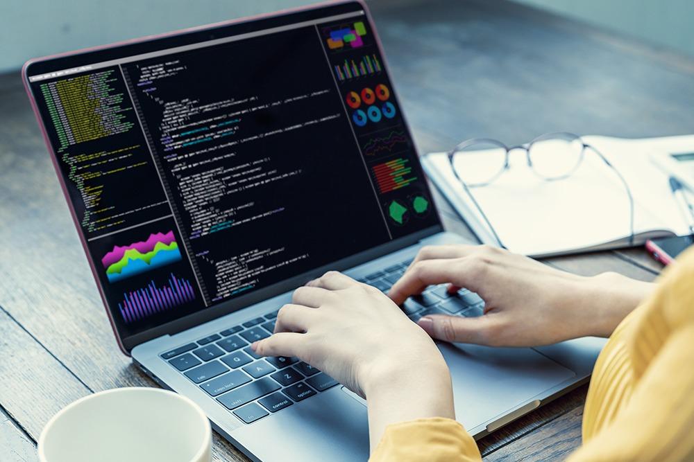 kode-editor-online-2